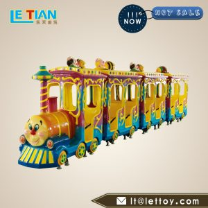 Animal electric train have a relatively high ornamental value. It is made of special fiberglass and is durable. It can bring you long-term good returns.